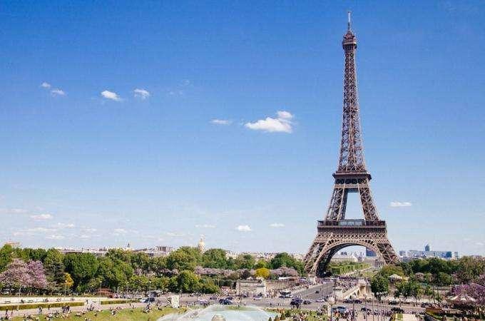 The summer in Paris