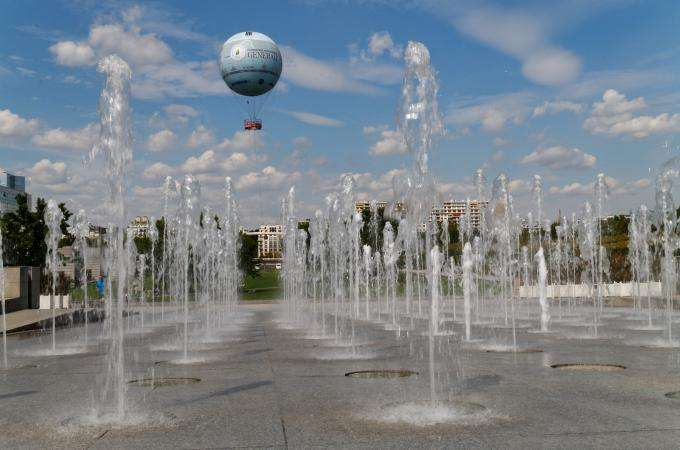 See Paris by balloon at the Parc André Citroën