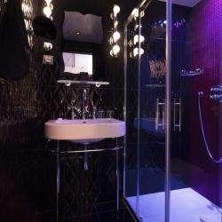 Vice Versa Hôtel Paris - chambre - envie - salle de douche lumineuse