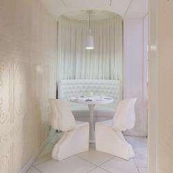 Vice Versa Hôtel Paris - Lobby - chaises design